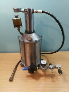 ACH AC Hydraulics Air Oil Intensifier or Booster 50:1 Ratio 70cc Displacement