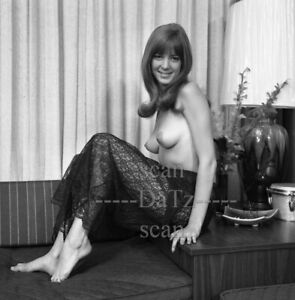 1960s Negative-nude brunette pinup girl Chris Thornton-cheesecake t978715