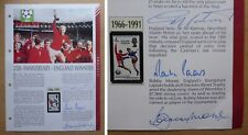 Bobby Moore, Sir Geoff Hurst & Martin Peters England 1966 Signed Page (18414)