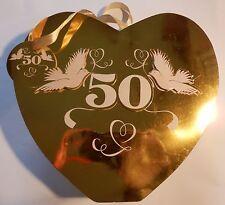 """Geschenktüte Herzform Gold """"50"""" mit Taubenpaar zur Goldenen Hochzeit"""