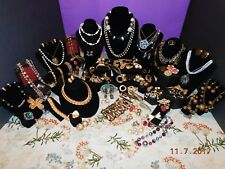 SPECTACULAR COLLECTION OF COSTUME/COSTUME VINTAGE JEWELRY MANY SIGNED 50's-80's