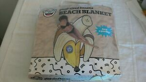 NIP New Bigmouth Inc Giant Banana Beach Blanket