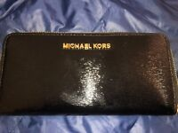 Michael Kors Jet Set Travel ZA Continental Black Leather Wallet
