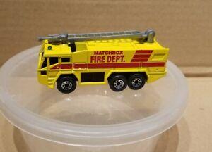 Matchbox airport fire truck  1:124