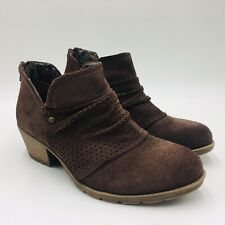 Earth Origins Women's Amanda Perforated Ruching Ankle Bootie Size 7W Brown, P/O