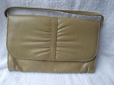 Vintage Clarks 1970's Beige Leather handbag