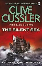 The Silent Sea by Clive Cussler (Paperback)