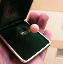 Angel Skin Cabochon Pink Coral Ring in 18k Yellow Gold Size  8,5