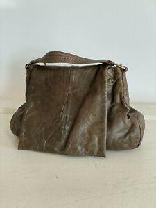 49 Sq Mi Square Miles Shoulder Bag Gray Leather Purse Handbag with Whipstitch