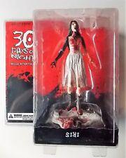 Gentle Giants 30 Days of Nights - Iris - Burnt Chase Variant Figurine - Nip