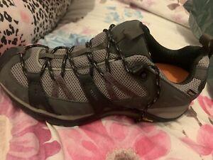 Ladies merrell walking shoes size 7