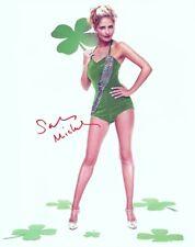 Sarah Michelle Gellar signed Hot Legs Sexy St Patrick'S Day Girl 8x10 w/ coa