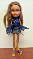 2001 BRATZ Doll Girl Figure MGA Entertainment Clothes Shoes Shirt Skirt Brown #9