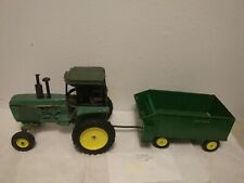 Vintage 1/16 Scale Ertl John Deere Cab Tractor and 110 Chuck Wagon Loose Decals