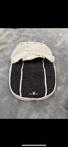 Wallaboo Grey Footmuff/Sleeping Bag Soft Suede & Fleece Lining, 0-12 months 💙💫