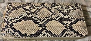 New Single Zipper Wallet Tan Snakeskin Design