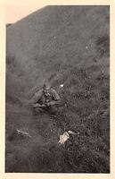 Soldat beim Sch.. Deckung bei Newa Ostfront Russland Infanterie - Regiment 284
