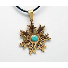 EGUZKILORE amuleto DORADO piedra turquesa COLGANTE acero BASQUELIVE país vasco
