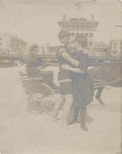 ORIGINAL VINTAGE PHOTOGRAPH OF COUPLE ON BEACH KISSING W/ HORSE   CART