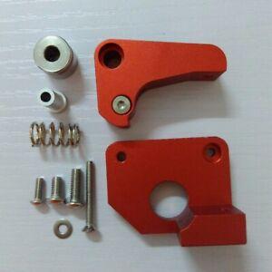 3D printer Makerbot Replicator 2X extruder, upgrade editio metal extruder (left)