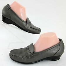 SAS 'Easier' Slip On Moccasin Shoes Pewter Leather Sz 9.5N Worn Once!