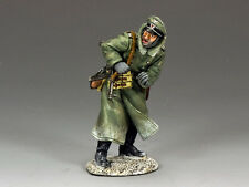 KING AND COUNTRY WW2 GERMAN Shouting Officer BBG058 BBG58