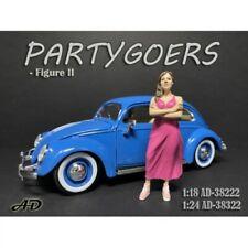 American Diorama 38222 Partygoers Frau mit Kleid 1:18 Figur 1/1000