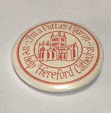Vintage Hereford Cathedral Badge - Puttas Pilgrim VGC