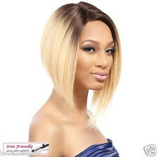 LACE QUEEN SOFIA | TONGABLE SYNTHETIC BOB LACE FRONT WIG  | IT'S A WIG