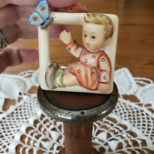 Vintage Hummel Figurine 139 Flitting Butterfly Wall Plaque Ornament Goebel V Bee