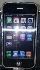 Apple iPhone 3Gs - 16GB - White (AT&T) A1303 (GSM) MC136LL/A