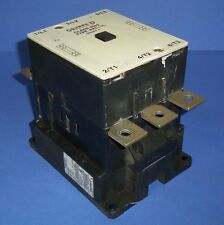 SQUARE D CLASS 8502 110-120V COIL 660V 315A 3-POLE AC CONTACTOR PK5.11L SER. A