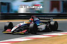9x6 Photograph Eddie Irvine , Jordan-Peugeot 195 , 1995 Grand Prix Season