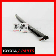 FACTORY TOYOTA 2007-2014 FJ CRUISER FRONT RH WINDOW WEATHER STRIP 6816135073 OEM