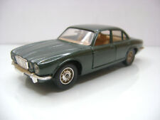 Diecast Solido Jaguar XJ 12 1:43 in Green Very Good Condition