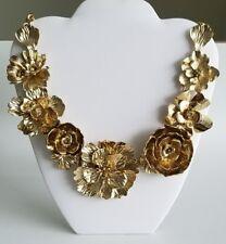 OSCAR DE LA RENTA Authentic Gold Tone Bold Flower Statement Necklace NEW $690