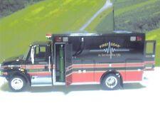 First Gear CLUB Edition International 4400 Series EMS Ambulance 19-0039