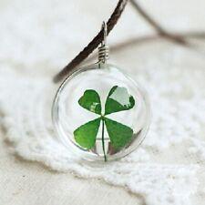 Collier Porte Bonheur avec pendentif Trèfle à 4 feuilles