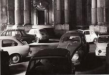 #TORINO: 1967- FOTO DEL CORTILE INTERNO DI PALAZZO CARIGNANO (AUTO IN SOSTA)