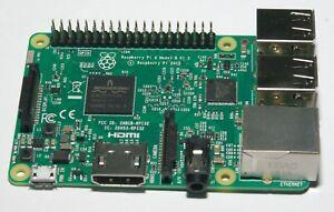 Raspberry Pi 3 Model B Starter kit (Carte + Alim + Boitier + carte micro SD)