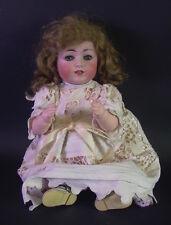 reizende Porzellankopf Puppe Babypuppe -  GERMANY 98/8 - 42cm