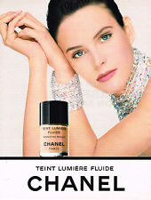 PUBLICITE ADVERTISING 094  1992  CHANEL cosmétiques LUMIERE FLUIDE