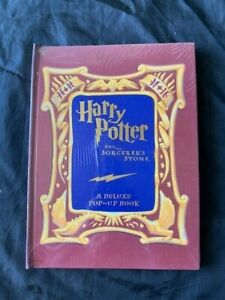 Harry Potter And The Sorcerer's Stone A Deluxe Pop Up Book / FACTORY SEALED
