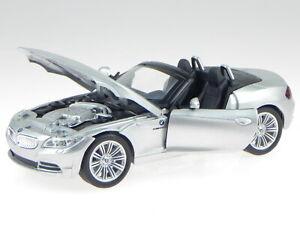 BMW Z4 Z 4 Coupe GrÜn E89 Ab 2009 1//24 Cararama Modellauto Modell Auto