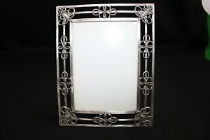 Picture frame Grey Gray Metal Scroll Photo Size 5 x 7 Free Standing Art Deco
