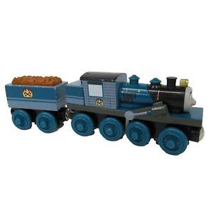 Thomas & Friends Tank Engine Wooden Railway FERDINAND and Tender 2003 EUC