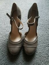 """NEW!! Nine West """"Gladtoseeo"""" Women's """"Taupe Patent Leather"""" Pumps Size 6"""