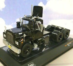 IXO DIECAST 1/43 1966 MACK R SERIES TRUCK LIKE CONVOY RUBBER DUCK IN BLACK TR082
