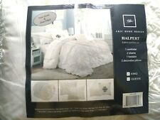 Chic Home Design Halpert Floral Pinch Pleated Ruffled Bedding Set King White