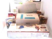 Excellent Nintendo Wii bundle Console 5 Games 2 Controllers Blaster Gun Wii Fit